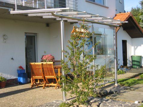 Terrassenüberdachung in Edelstahl
